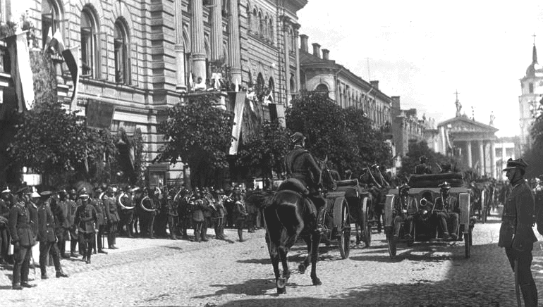 celebration_of_incorporation_of_vilnius_region_to_poland_1922